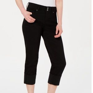 Style and Co high cuffed capris
